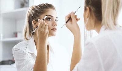 schminken-ohne-brille.jpg